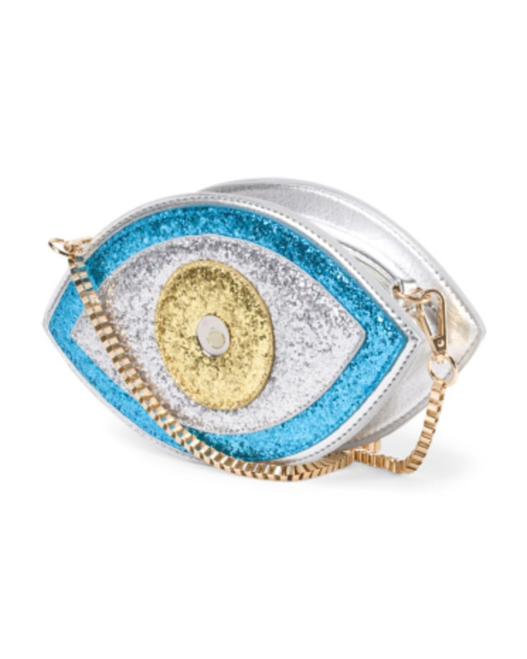 15 playful bags to add a touch of whimsy to your summer outfit