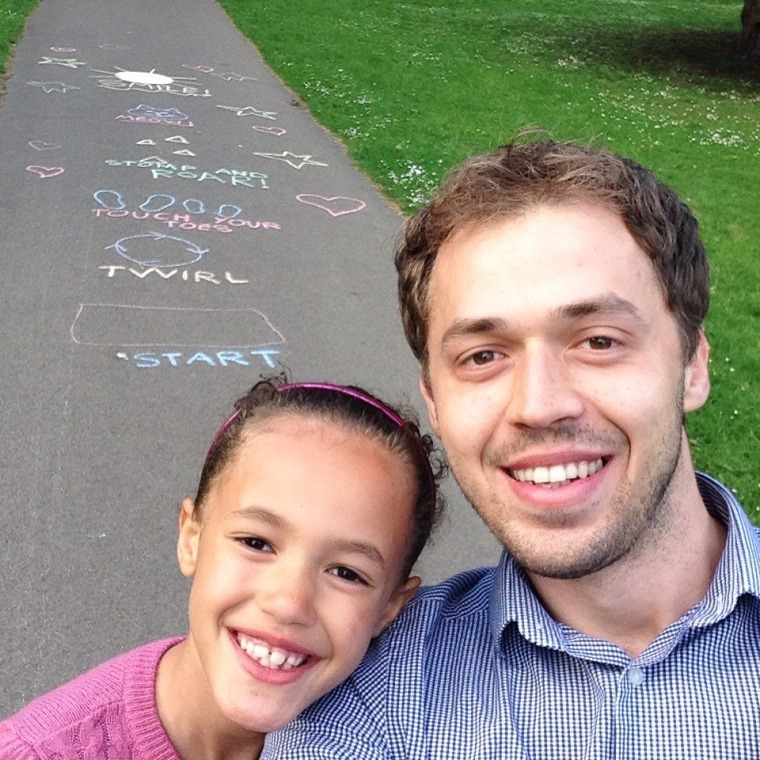"""Lee Beck and his daughter Amélie celebrated their 32nd and 7th birthdays by performing """"39 Random Acts of Kindness."""""""