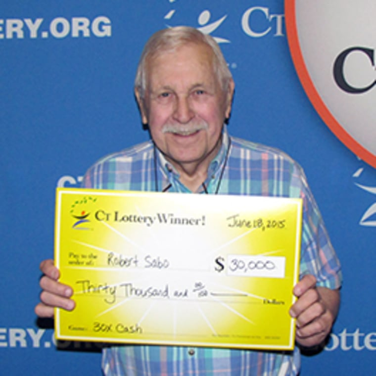 Man buys winning lottery ticket 'by accident' after forgetting his glasses