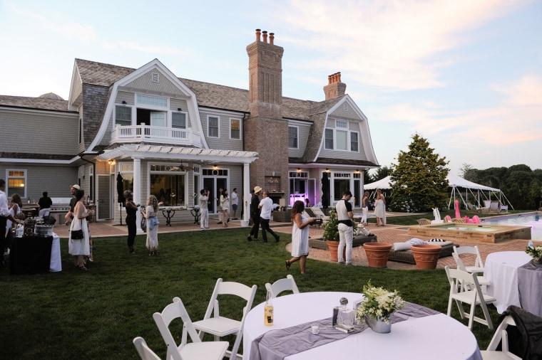 Image: Hamptons Party