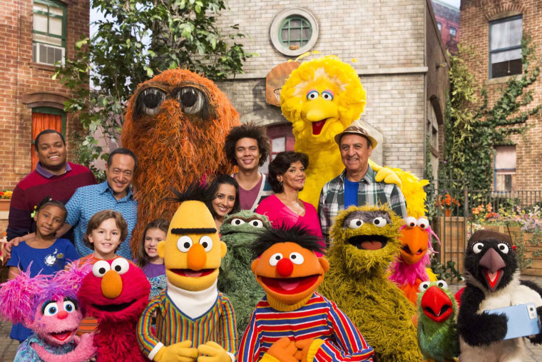 """CHANGE THE PLAN"" - Show # 4519 - Sesame Street Production; Director: Ken Diego; television production photographed: Monday, October 28, 2013;  9:00 AM at  Kaufman-Astoria Studios; Astoria, New York"