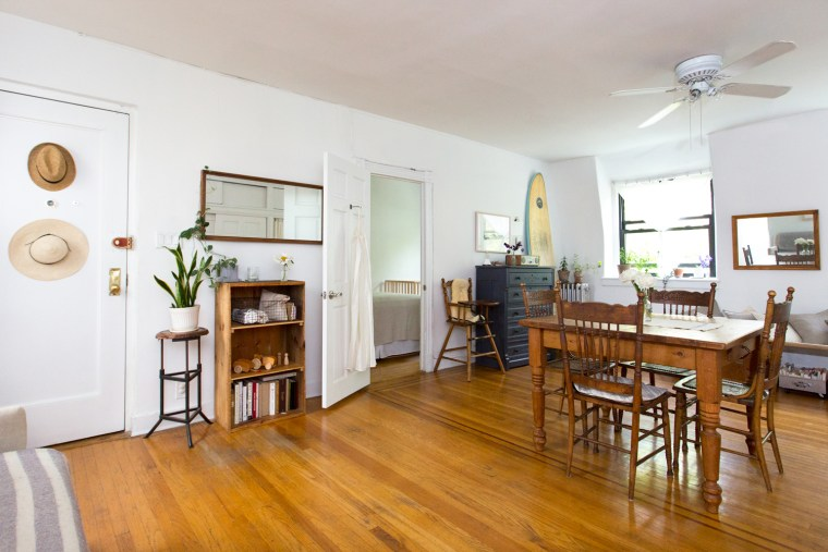See how a family lives in a 500 square foot apartment - 500 square foot apartment ...