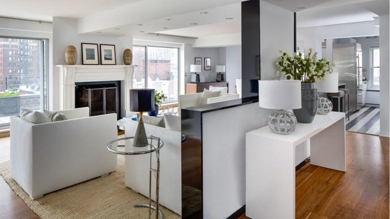 Julia Roberts' listing her Greenwich Village apartment