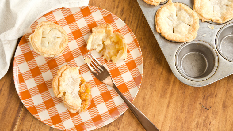 Muffin Tin Fruit Pies