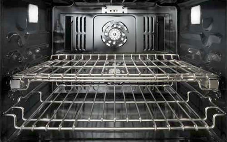 Whirlpool recalls Jenn-Air wall ovens due to risk of burns.