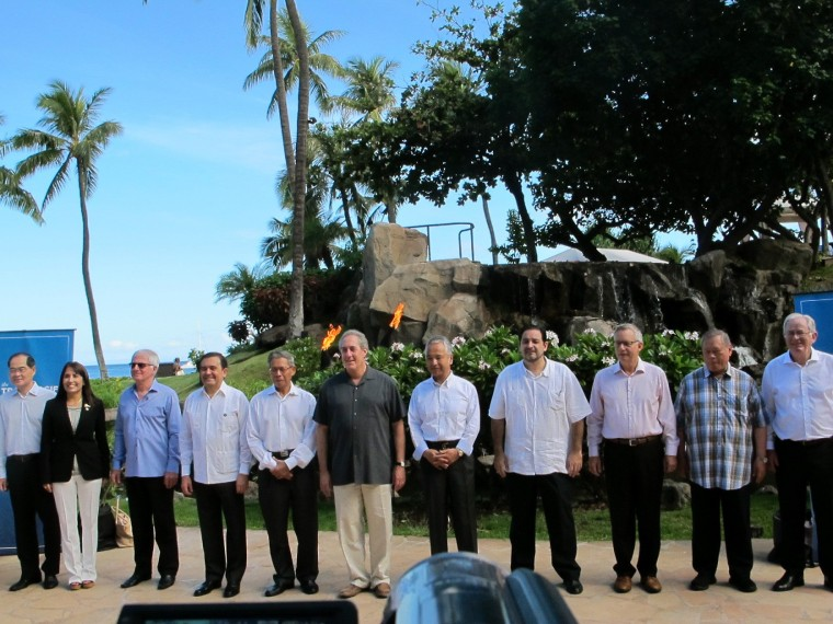 Image: Trade ministers from 12 Pacific Rim nations