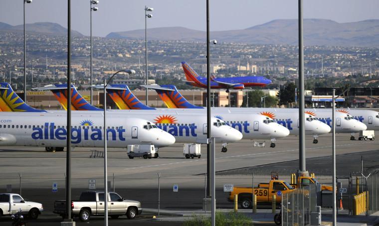Image: Allegiant Air jets at McCarran Airport