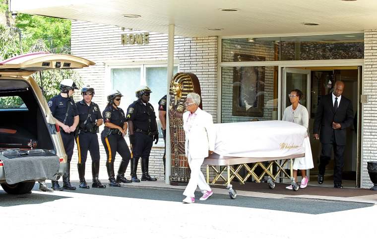 Image: The body of Bobbi Kristina Brown leaves Whigham Funeral Home