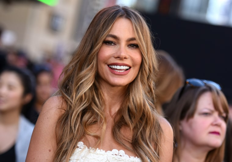 """Sofia Vergara arrives at the Los Angeles premiere of """"Magic Mike XXL"""" at the TCL Chinese Theatre on Thursday, June 25, 2015. (Photo by Richard Shotwell/Invision/AP)"""