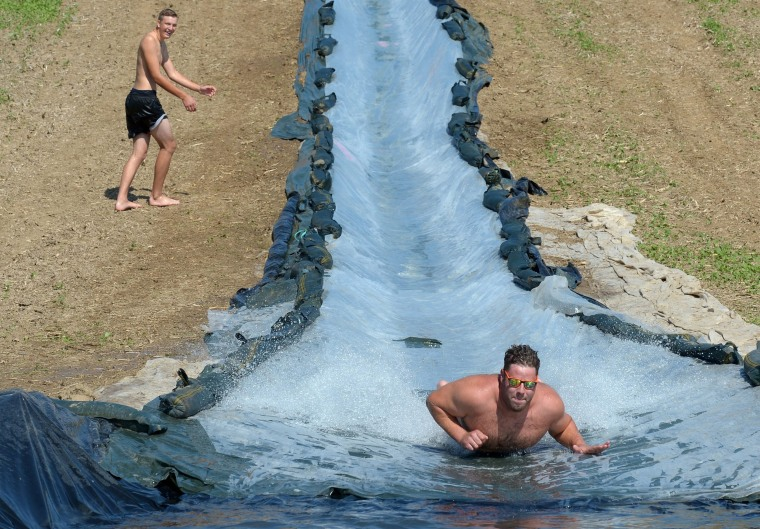 Image: Giant water slide in Northern Germany