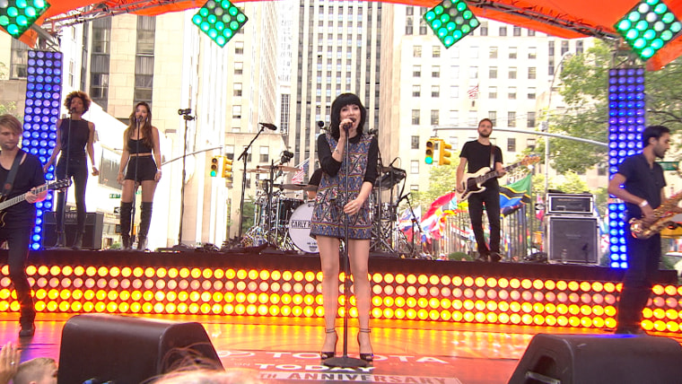Carly Rae Jepsen invites fans to 'Run Away With Me'