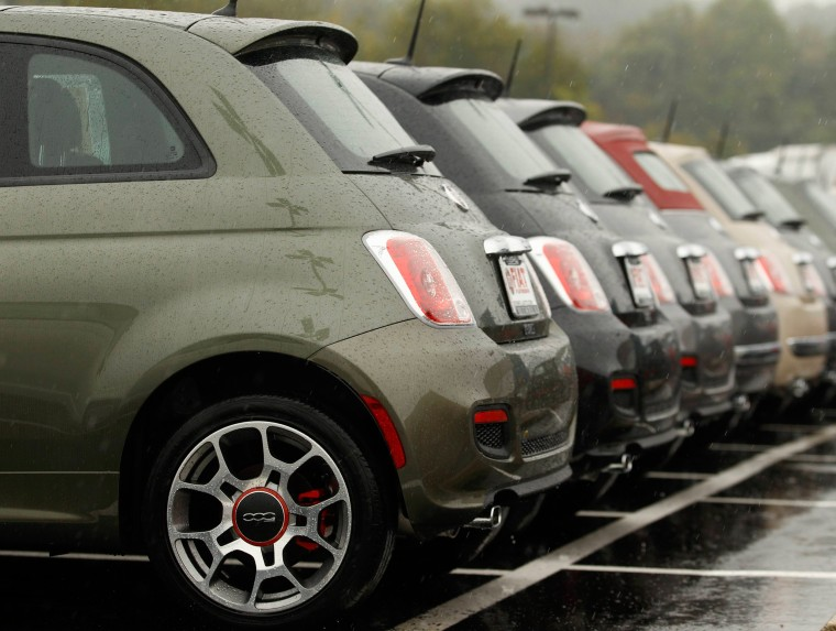 Image: Fiat 500's are shown at a dealership