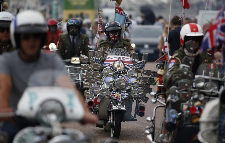 Image: Scooters Gather For The Brighton Mod Weekender