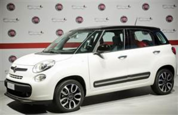 The Fiat 500L car is seen during its official presentation in downtown Turin July 3, 2012. REUTERS/Giorgio Perottino