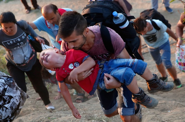Image: BESTPIX Migrants Gather At Greece-Macedonia Border As They Continue Their Journey Into Europe