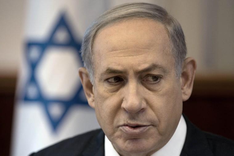 Image: Benjamin Netanyahu at Cabinet meeting