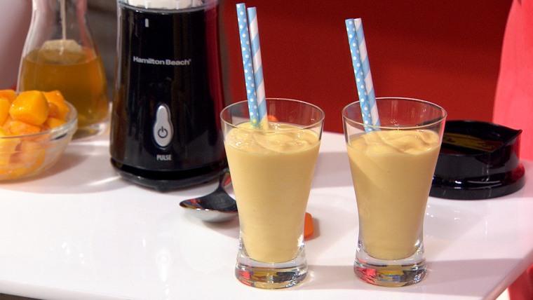 Mango smoothies from Joy Bauer