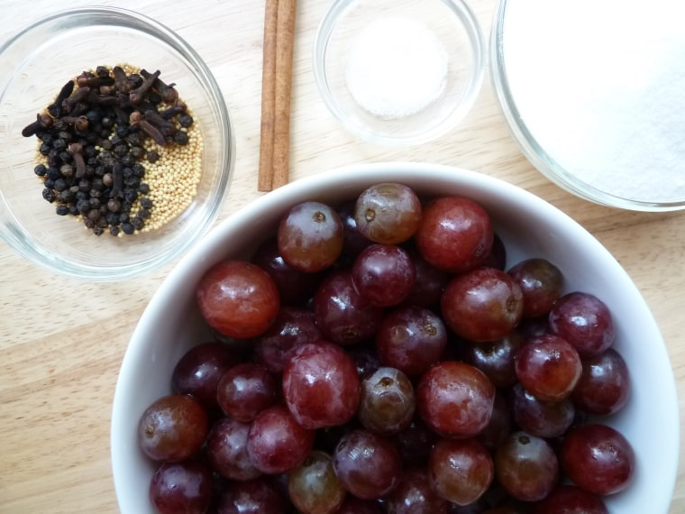 How to pickle grapes