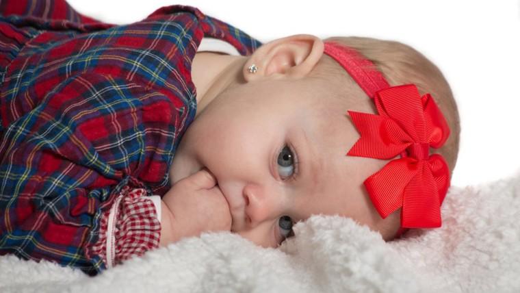 Image: Baby girl with earings