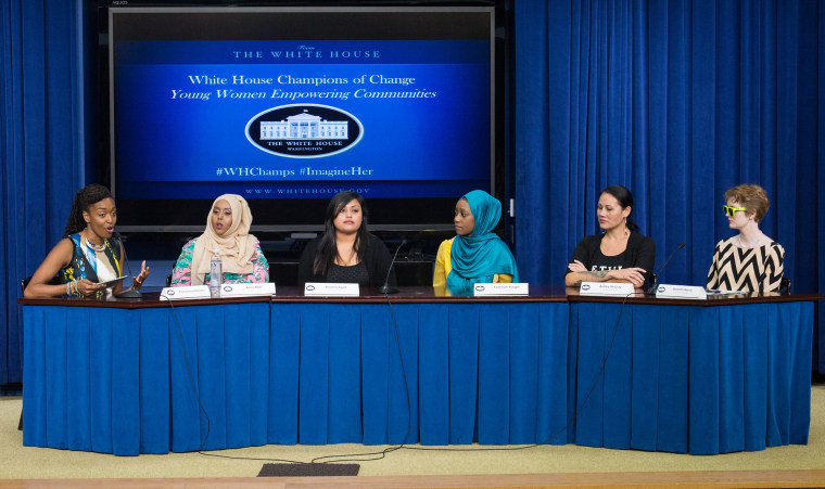 "Franchesca Ramsey moderates a panel discussion with (from left to right) Asha Abdi, Yesenia Ayala, Faatimah Knight, Ashley McCray, and Meredith Boyce at the Young Women Empowering Communities: Champions of Change event on Tuesday, September 15, 2015 at the Eisenhower Executive Office Building in Washington, DC. The Champions of Change program was created by the White House to recognize 'individuals doing extraordinary things to empower and inspire members of their communities."" Photo Credit: (NASA/Aubrey Gemignani)."