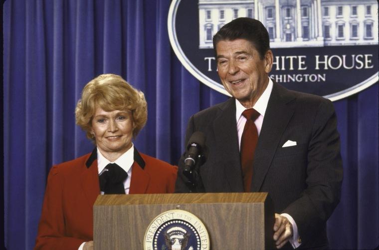 Margaret M. Heckler;Ronald W. Reagan