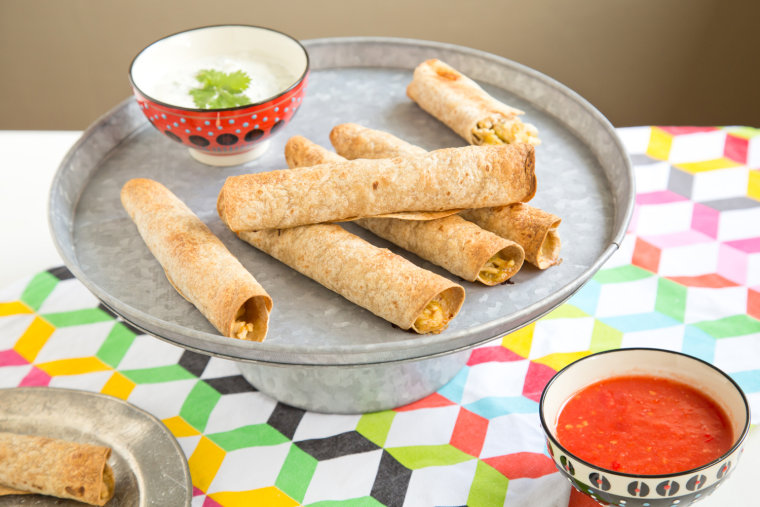 Chicken-Chile Taquitos with Creamy Dipping Sauce
