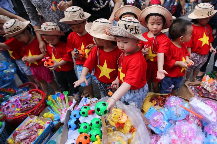 Image: Mid-Autumn Festival Preparations
