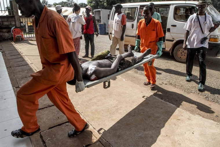 Image: Wounded man at hospital in Bangui