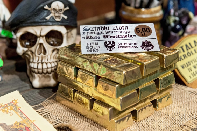 Image: Souvenirs inspired by the quest the Nazi treasure train