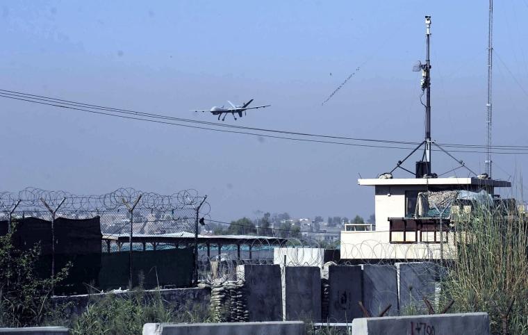 Image: Military plane crashed in Jalalabad