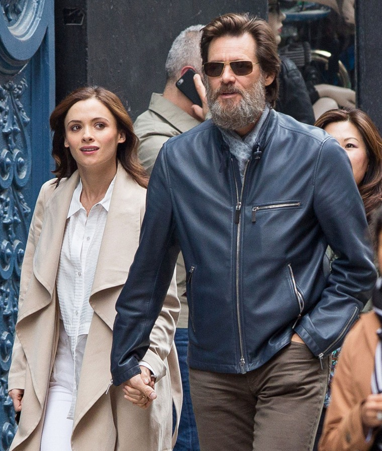 Jim Carrey, Cathriona White.