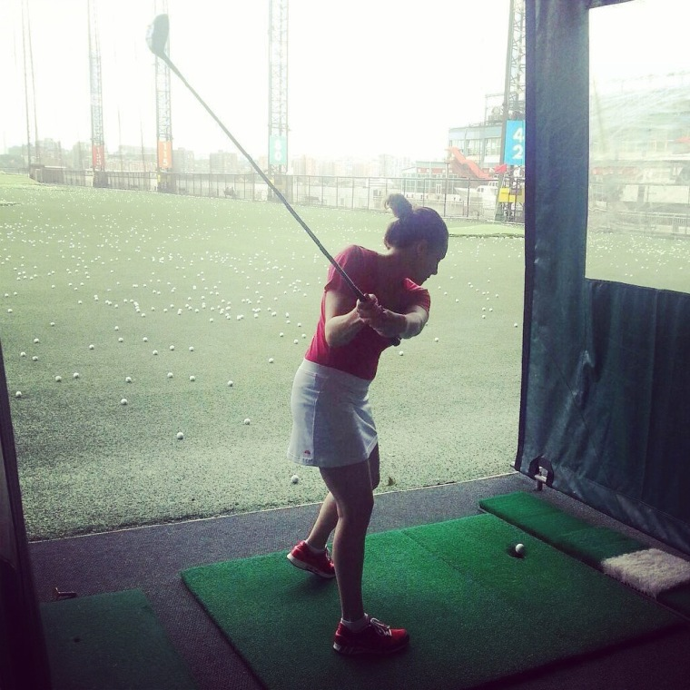 Caitlin Kiernan spends time golfing at Chelsea Piers after her reconstruction.