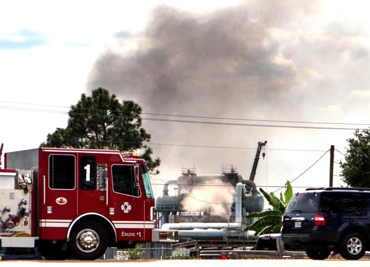 Image: Smoke at scene of Louisiana gas explosion