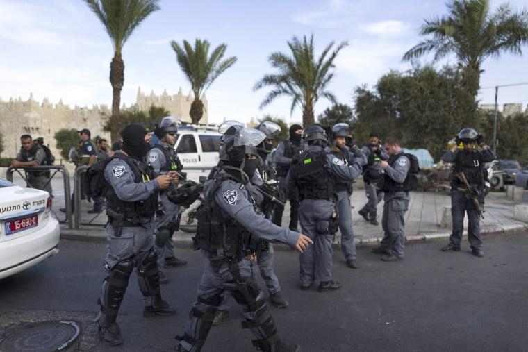 Image: Second Palestinian knife attack on same day in Jerusalem