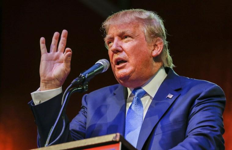 Image: Donald Trump campaigns in Norcross, Georgia, USA