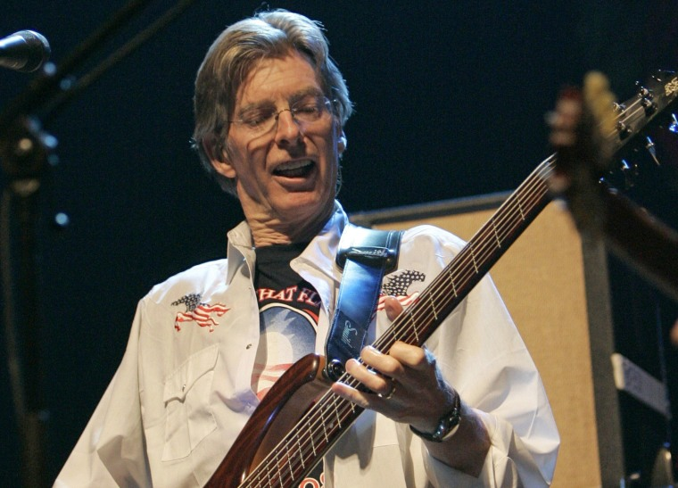 Image: Phil Lesh performs as Deadheads for Obama in benefit in San Francisco