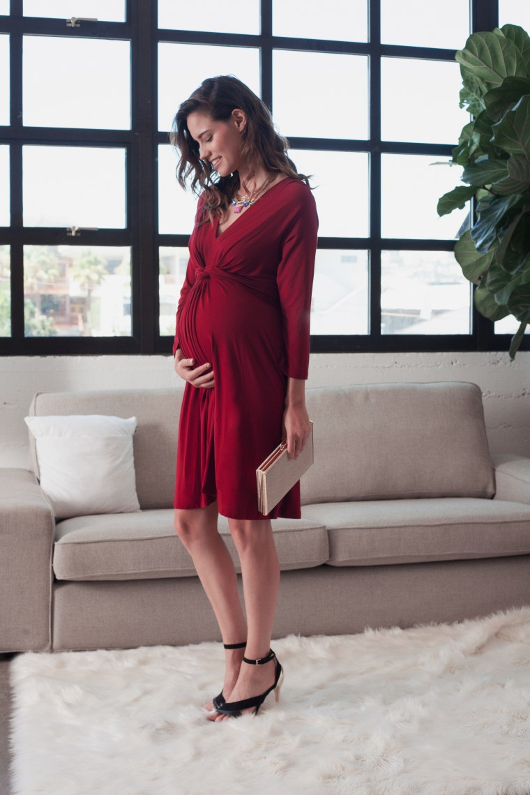 Maternity shopping rental service