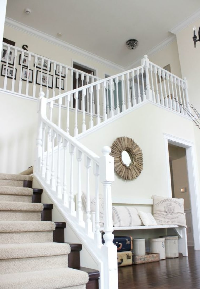 Foyer Paint Job : See this home s entryway go from dated to dazzling after a