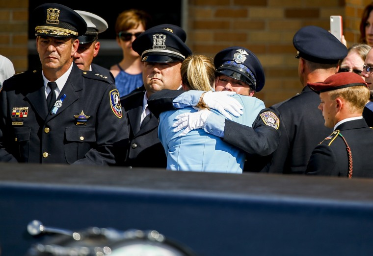 Image: Funeral service for Fox Lake Police Lieutenant Joe Gliniewicz