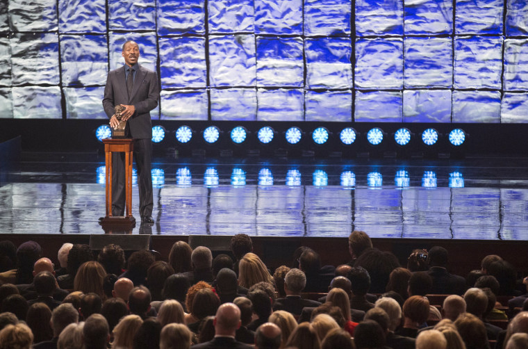 Image: Comedian Eddie Murphy speaks after receiving the Mark Twain prize for Humor at the Kennedy Center in Washington
