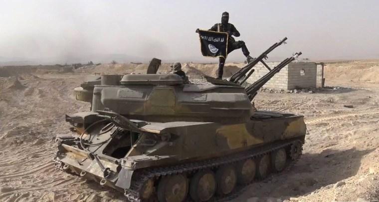 Image: ISIS militant in Syria