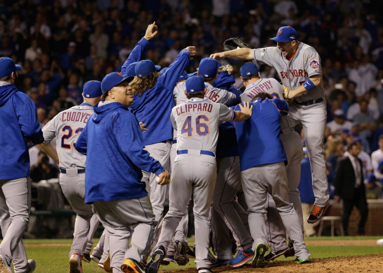 Image:The New York Mets celebrate