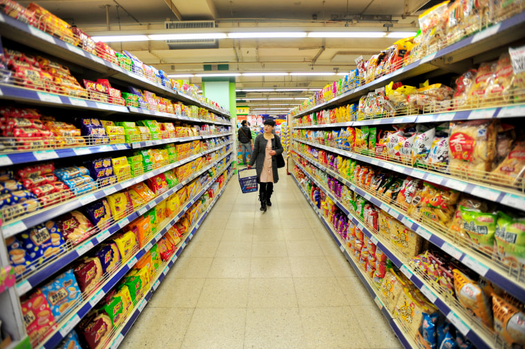 Image: Chinese woman in a supermarket