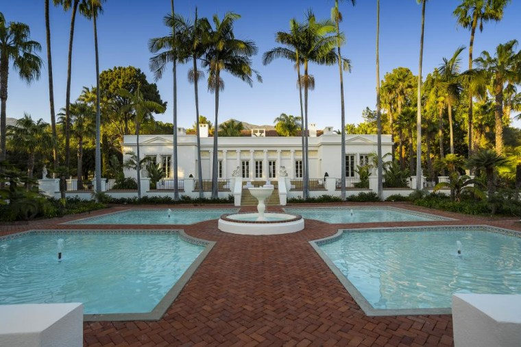 The palatial mansion featured in Scarface is for sale and it has some movie ghosts