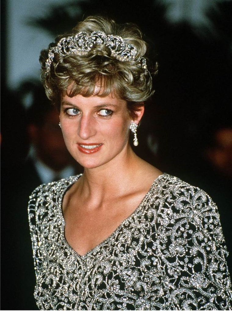 Tiaras and crowns: A look at the headpieces of the British ...