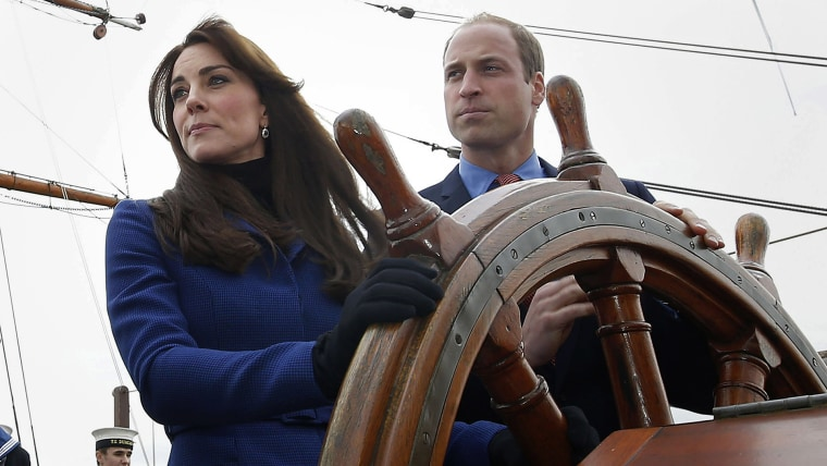 Will and Kate having fun on a boat, check it out!