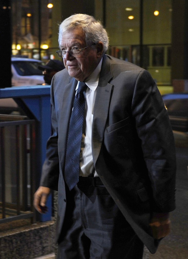 Image: Former House Speaker Dennis Hastert arrives at the federal courthouse