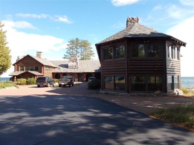 See inside this 40 million massive lake superior log home for Upper michigan real estate zillow