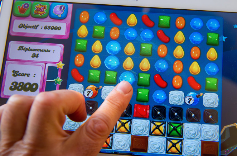 FRANCE-INTERNET-GAME-CANDY-CRUSH