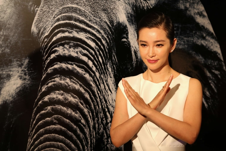 Image: HONG KONG-CONSERVATION-WILDLIFE-IVORY-ENTERTAINMENT